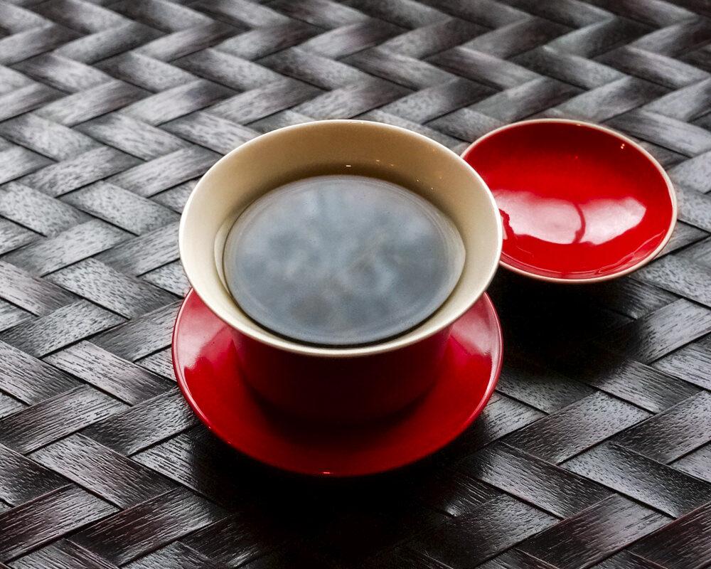 蓋碗(蓋つきの湯呑)